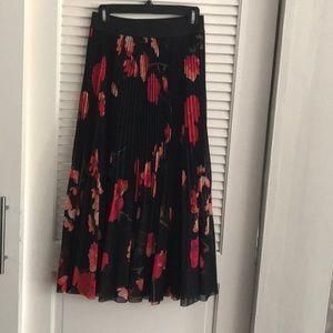 Wilfred Twirl Skirt